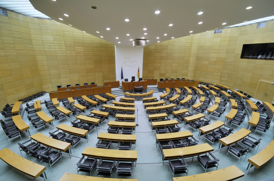 image - Germany - Lower Saxony Landtag chamber.jpeg