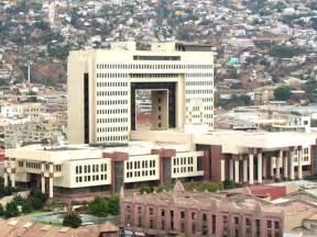 image - Chile - Congress building Valparaiso